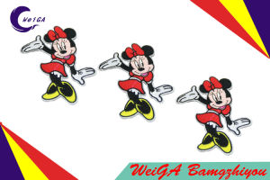 Customize a Variety of Styles of Good Quality Embroidery Patch pictures & photos