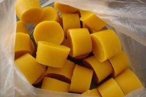 High Quality of Yellow Beeswax pictures & photos