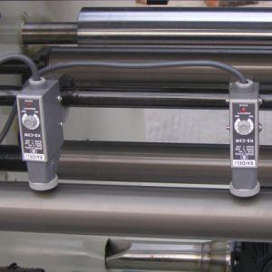 Auto/Automatic Sticker Label Paper Film Roll Slitter Rewinder Machine pictures & photos