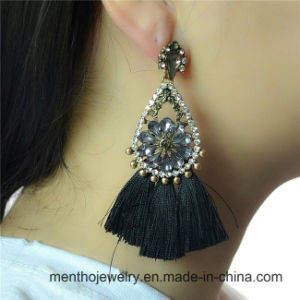 Fashion Bohemian Chain Dangle Tassel Earring for Women Jewelry pictures & photos