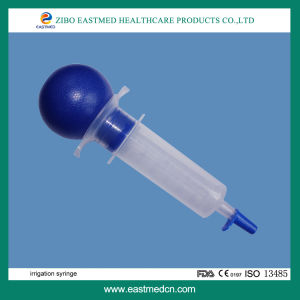 Irrigation Syringe pictures & photos
