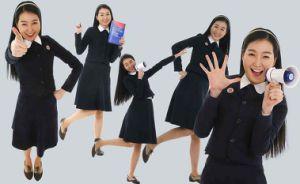 School Uniform for Graduation Gown, Students′ Uniform pictures & photos