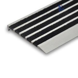 Anti Slip Carborundum Stair Nose Aluminum Stair Nosing pictures & photos