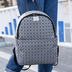 Fashion Laser Geometric Lattice Drawstring Backpack with Patchwork Diamond Lattice Bags for Ladies Sy8519 pictures & photos