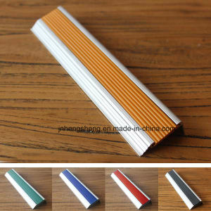 Hot Selling Non Slip Stair Nosing Aluminium Non-Slip Stair Tread Nosing pictures & photos