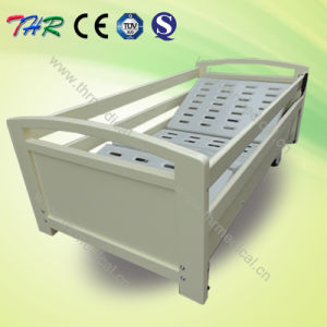 3/5 Functions Electric Wooden Home Care Bed (THR-EB014) pictures & photos