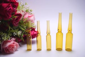2ml Amber Ampoule Made of Low Borosilicate Glass with Breaking Point pictures & photos