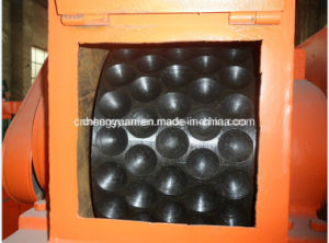 Pillow Shape Charcoal Briquettes Machine pictures & photos