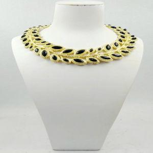 Unique Shape Fashion Necklace pictures & photos