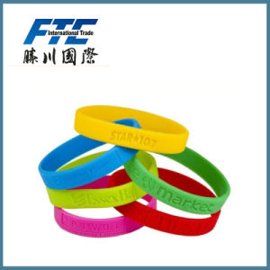 Silicone Slap Wristband Custom Your Logo on 100% pictures & photos
