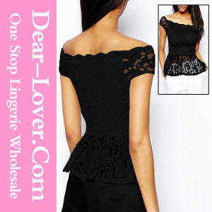 Black off-Shoulder Lace Peplum Top pictures & photos