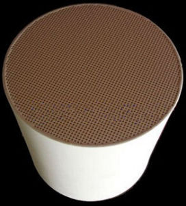 Honeycomb Ceramic Cordierite Diesel Particulate Filter DPF Filter for Car pictures & photos