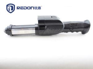 High Quality Stun Guns Baton with Flashlight pictures & photos