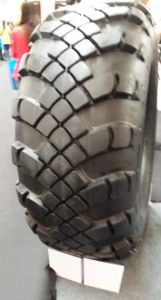 Military Truck Tire 1500X600-635 1600X600-685 pictures & photos