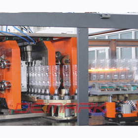 Linear-Pet Stretch Blow Molding Machines (DMK-L8) pictures & photos