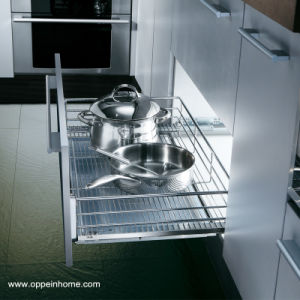 Oppein Flat Mesh Pull out Kitchen Basket for Pan (OP-LB060TLA) pictures & photos