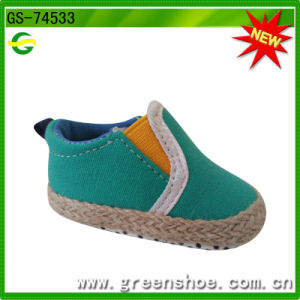 Good Price Soft Outsole Trend Newborn Baby Shoes pictures & photos