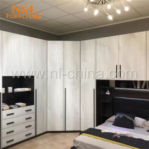 China Wholesale Antique Italian Kids Bedroom Furniture Wardrobe pictures & photos