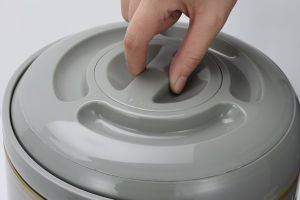Japan Hot Sale Metal Outer Aluminum Inner Coffee Water Dispenser 3.0L 3.8L 6.0L 8.0L 9.5L (WSUG) pictures & photos