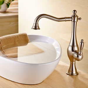 Water Brass Mixer Tap for Kitchen pictures & photos
