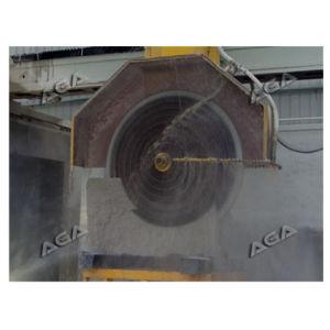 Diamond Saw Cutting Granite Block Into Slab Machine Block Cutter Dq2200/2500/2800 pictures & photos