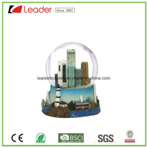 Polyresin Craft Gift Customized Snow Globe with Building for Promotional Gift and Home Decoration pictures & photos