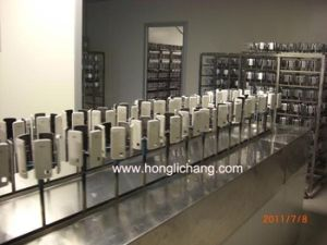 Robot Automatic UV Coating Spray Paint Production Line pictures & photos