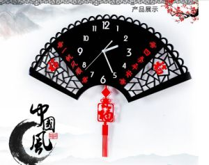 Home Decoration Acrylic Luminous Dial Clock Quartz Clock pictures & photos