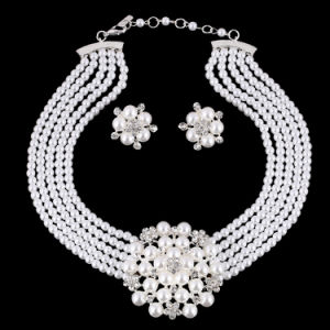 Fashion Diamond Pearl Flower Choker Necklace Earring 2 PCS Set Jewelry  pictures & photos