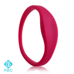 Wholesale Silicone RFID NXP MIFARE 1k Wristbands Identification Bracelet pictures & photos