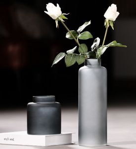 Straight Glass Flower Vase for Home Decoration (dark gray) pictures & photos