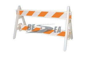Portable White & Orange PVC Road Safety Barrier Panel pictures & photos