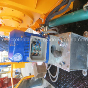 Self Loading Electrical Concrete Mixer Machine with Pump Low Price pictures & photos