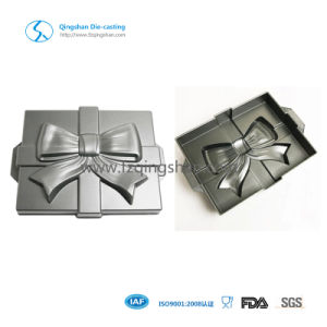 Christmas Celebrate Non-Stick Cake Mold Baking Pan pictures & photos