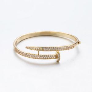 Gold Plated Fashion Women′s Zircon Bangles pictures & photos