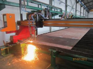 Metal Sheet Triple-Torch CNC Flame Bevel Cutting Machine pictures & photos