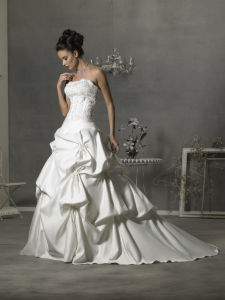 2010 New Wedding Dresses and Wedding Gowns (FOE030)