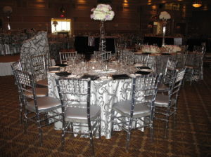 Chiavari Chair/Resin Chiavari Chair/Plastic Chiavari Chair pictures & photos