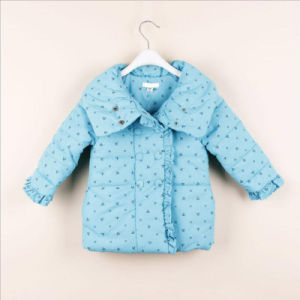 Western Girl Coat with Puff-Sleeved for Children Apparel pictures & photos