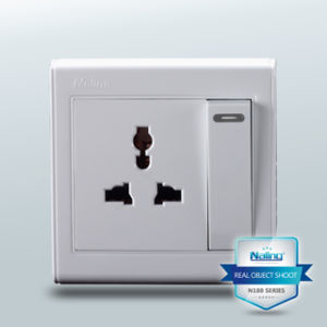 Verious Switch with Outlet