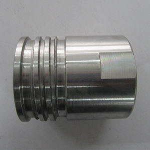 Precision Parts Oil Pipe Connector CNC Machining Parts /Turning Part pictures & photos