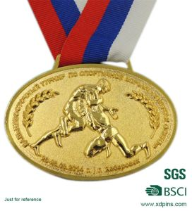 Customized Gold Plated Metal Medallion for Sport pictures & photos