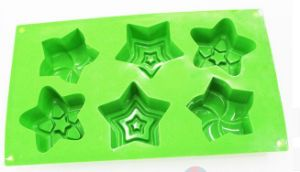 Green Five-Pointed Star Shape Silicone Cake Mould pictures & photos