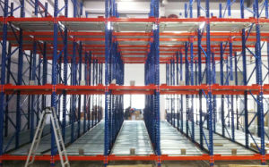 Gravity Pallet Racking System pictures & photos