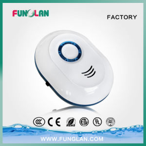 Mini Plug in Ion Air Purifier Generator for Home pictures & photos