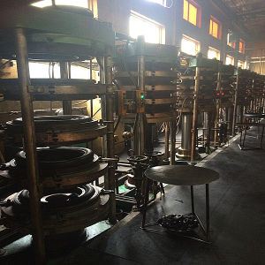 Tire Production Line for Bike / Motorcycle pictures & photos