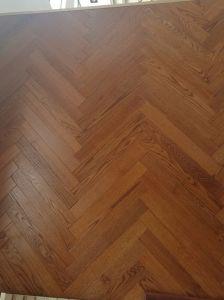 Oak Herringbone Wood Flooring /Parquet Flooring pictures & photos