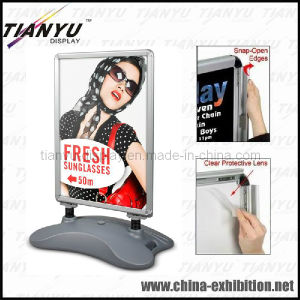 Windproof Aluminum Poster Board with Wheels pictures & photos