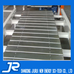 Ce Certificate Food Grade Chain Plate Belt Conveyor for Packing Line pictures & photos