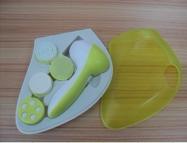 4 in 1 Handheld Facial Cleansing System (PC-8308B)